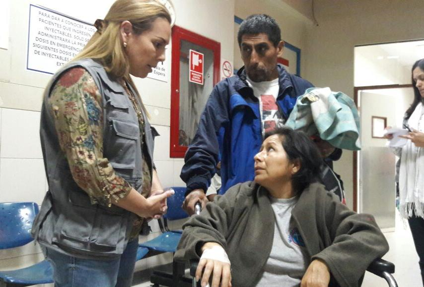 Fiorella Molinelli visitó esta madrugada Hospital Marino Molina de Comas